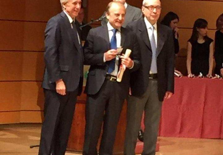 Ambrogino d'oro al Prof. Giancarlo Comi